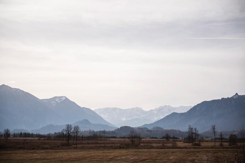 Blick über das Murnauer Moos in Richtung Wettersteingebirge.